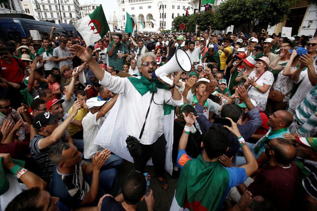 Do Arabs want democracy?