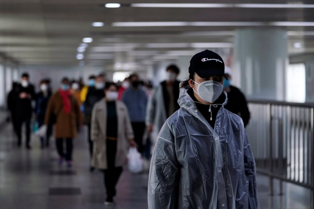 US taking right approach with China over coronavirus, former White House official says